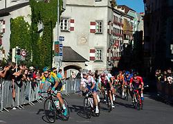 27.09.2018, Innsbruck, AUT, UCI Straßenrad WM 2018, Straßenrennen, Junioren, von Kufstein nach Innsbruck (138,4 km), im Bild das Feld in Innsbruck // the peleton in Innsbruck during the road race of the Junior Men from Kufstein to Innsbruck (138,4 km) of the UCI Road World Championships 2018. Innsbruck, Austria on 2018/09/27. EXPA Pictures © 2018, PhotoCredit: EXPA/ Reinhard Eisenbauer