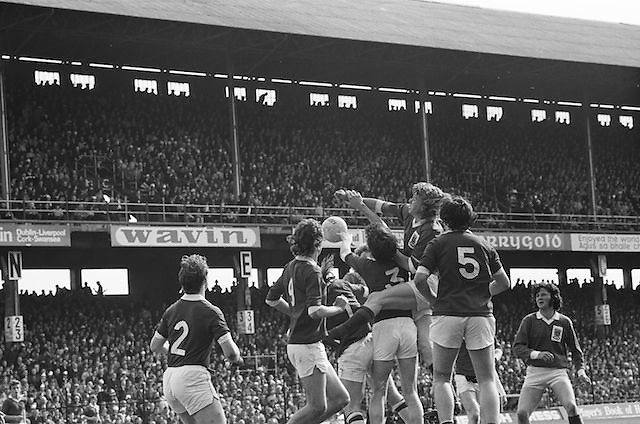 Group of players grab at the ball during the All Ireland Senior Gaelic Football Championship Final Dublin V Galway at Croke Park on the 22nd September 1974. Dublin 0-14 Galway 1-06.