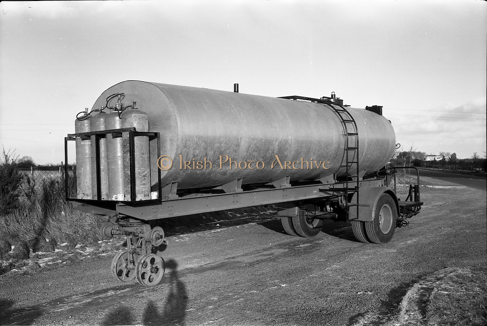 17/01/1963<br /> 01/17/1963<br /> 17 January 1963<br /> Tanker trailer at McNeills, Collinstown Cross, Dublin.