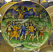 Dish, Alexander the Great and Diogenes.  Circle of Baldassare Manara, Faenza, about 1535-1540.