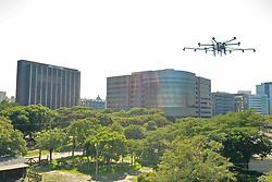 Porto Alegre, RS - 24/03/2020: Primeiro voo teste para experimentar drones na descontaminação de grandes áreas públicas ou de difícil acesso. Foto: Jefferson Bernardes/PMPA