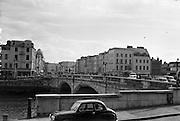 View of Cork City.  St. Patrick's Bridge and Patrick's Street..26.05.1962