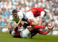 Photo: Ed Godden/Sportsbeat Images.<br /> Tottenham Hotspur v Arsenal. The Barclays Premiership. 21/04/2007. Spurs' Aaron Lennon is fouled by Alexander Hleb and Kolo Toure.