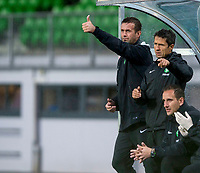08/07/14 PRE-SEASON FRIENDLY<br /> LASK LINZ V CELTIC<br /> LINZER STADION - AUSTRIA<br /> Celtic manager Ronny Deila (left) and assistant John Collins give the thumbs up from the dugout.