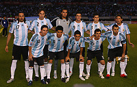 Fotball<br /> Foto: Piko Press/Digitalsport<br /> NORWAY ONLY<br /> <br /> ARGENTINA (2) v PERU (1) in a soccer match for the South American qualification for the FIFA 2010 World Cup.<br /> Buenos Aires, Argentina October 10, 2009<br /> <br /> Up from L to R = JONAS GUTIERREZ - RONALDO SCHIAVI - SERGIO ROMERO - GONZALO HIGUAIN - EMILIANO INSUA - GABRIEL HEINZE<br /> Down from L to R = LIONEL MESSI - ENZO PEREZ - ANGEL DI MARIA - PABLO AIMAR - JAVIER MASCHERANO<br /> Lagbilde Argentina