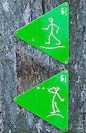 Hiking route markings, Lonjsko polje nature park, Croatia © Rudolf Abraham