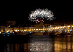 Fuochi pirotecnici per i festeggiamenti di San Cataldo, patrono di Taranto