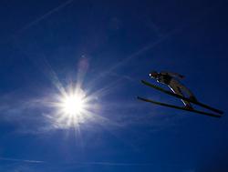08.10.2010, Paul Ausserleitner Schanze, Bischofshofen, AUT, Österreichische Staatsmeisterschaften Skispringen, im Bild Gegenlicht Feature Skispringen, blauer Himmel, Sonne, EXPA Pictures © 2010, PhotoCredit: EXPA/ J. Feichter
