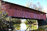 One of New England's many covered bridges,the Henry covered bridge was originally built in 1840, New England Vermont, USA