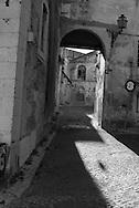 Portugal. Lisbon. Pantheon area in Alfama district / maison en ruine a vendre.  le quartier du Pantheon dans  l'Alfama . Lisbonne