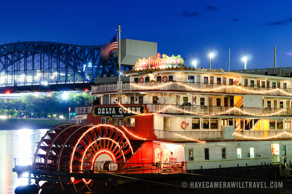 Night shot of the paddle-wheel riverboat Delta Queen in Chattanooga, Tennessee.