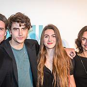 NLD/Amsterdam/20161005 - Filmpremiere Tonio, Daniel Boissevain en partner Vanessa Henneman, zoon Robin Julius