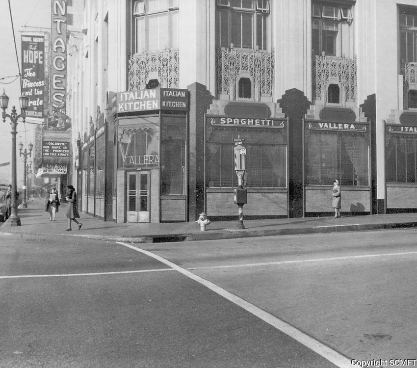 1944 Italian Kitchen Restaurant at Hollywood Blvd. & Argyle Ave.