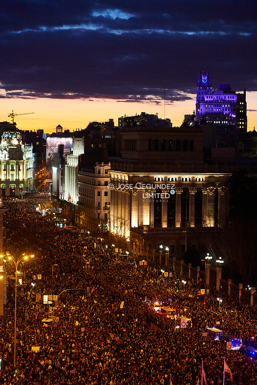 Aerial view of Cibeles square taken on March 8, 2019 in Madrid during a demonstration marking International Women's Day. Women demand equal working rights and an end to violence against women in Spanish society during a march to celebrate International Women's Day on March 8, 2019 in Madrid, Spain.