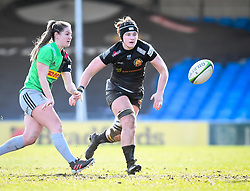 McKinley Hunt of Exeter Chiefs defends the pass from Leanne Riley of Harlequins - Mandatory by-line: Andy Watts/JMP - 06/02/2021 - Sandy Park - Exeter, England - Exeter Chiefs Women v Harlequins Women - Allianz Premier 15s