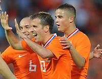 Fotball<br /> Nederland / Holland v Ukraina<br /> Foto: Witters/Digitalsport<br /> NORWAY ONLY<br /> <br /> 24.05.2008<br /> <br /> Jubel 2:0 v.l. Demy de Zeeuw Nr.6, Rafael van der Vaart, Ibrahim Afellay Niederlande<br /> Fussball Niederlande - Ukraine 3:0