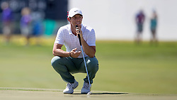 February 25, 2018 - Palm Beach Gardens, Florida, U.S. - Former Honda Classic champion Rory McIlroy finished at 9 over par and was off the course before Tiger Woods and the leaders teed off during the final round of the Honda Classic at PGA National Resort and Spa in Palm Beach Gardens, Florida on February 25, 2018. (Credit Image: © Allen Eyestone/The Palm Beach Post via ZUMA Wire)