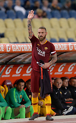 September 26, 2018 - Rome, Italy - Daniele De Rossi greets Curva Sud during the Italian Serie A football match between A.S. Roma and Frosinone at the Olympic Stadium in Rome, on september 26, 2018. (Credit Image: © Silvia Lore/NurPhoto/ZUMA Press)