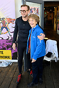 Kick-off De Hollandse 100 2020 op de Jaap Edenbaan voor de zesde editie van De Hollandse 100, die dit jaar op 15 maart in Thialf wordt gehouden. Het evenement heeft als doel de financiering van wetenschappelijk onderzoek naar de aard en behandeling van lymfklierkanker te steunen. <br /> <br /> Op de foto:  Prins Bernhard en Prinses Margriet