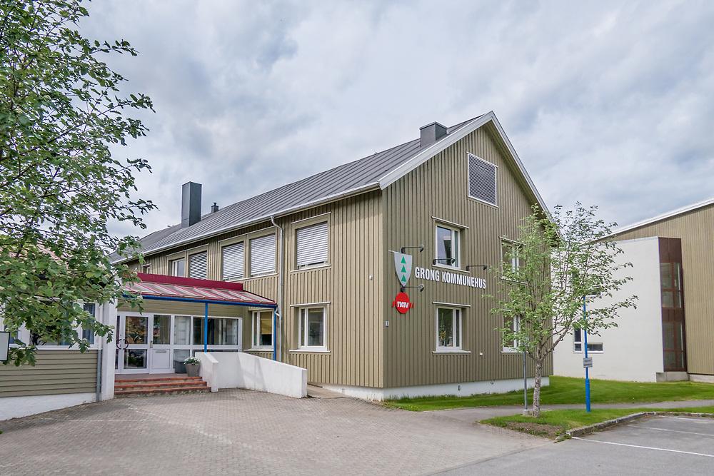 Grong er en kommune i Namdalen i Nord-Trøndelag. Grong er en skogbrukskommune, og har kommunevåpen med motiv som symboliserer et grantre.