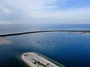 Nederland, Zuid-Holland, Rotterdam, 14-09-2019; Prinses Arianehaven met bolder / boeien voor aanmeren zeeschepen, Gezien naar de Maasvlakteweg en Noordzee.<br /> Princess Arianehaven with bollard / buoys for mooring sea-going vessels, seen to the Maasvlakteweg and the North Sea.<br /> <br /> luchtfoto (toeslag op standard tarieven);<br /> aerial photo (additional fee required);<br /> copyright foto/photo Siebe Swart