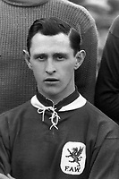 Fotball<br /> Foto: Colorsport/Digitalsport<br /> NORWAY ONLY<br /> <br /> Len Davies  (Wales) Cardiff City and Thames . Wales  v England @ Cardiff 1923