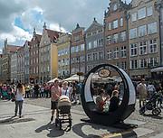 Gdańsk, (woj. pomorskie) 16.08.2014. Widok na Długi Targ.