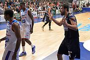 DESCRIZIONE : Cantu, Lega A 2015-16 Acqua Vitasnella Cantu'  Manital Auxilium Torino<br /> GIOCATORE : Dejan Ivanov<br /> CATEGORIA : Fair Play<br /> SQUADRA : Manital Auxilium Torino<br /> EVENTO : Campionato Lega A 2015-2016<br /> GARA : Acqua Vitasnella Cantu'  Manital Auxilium Torino<br /> DATA : 24/10/2015<br /> SPORT : Pallacanestro <br /> AUTORE : Agenzia Ciamillo-Castoria/I.Mancini<br /> Galleria : Lega Basket A 2015-2016 <br /> Fotonotizia : Cantu'  Lega A 2015-16 Acqua Vitasnella Cantu' Manital Auxilium Torino<br /> Predefinita :