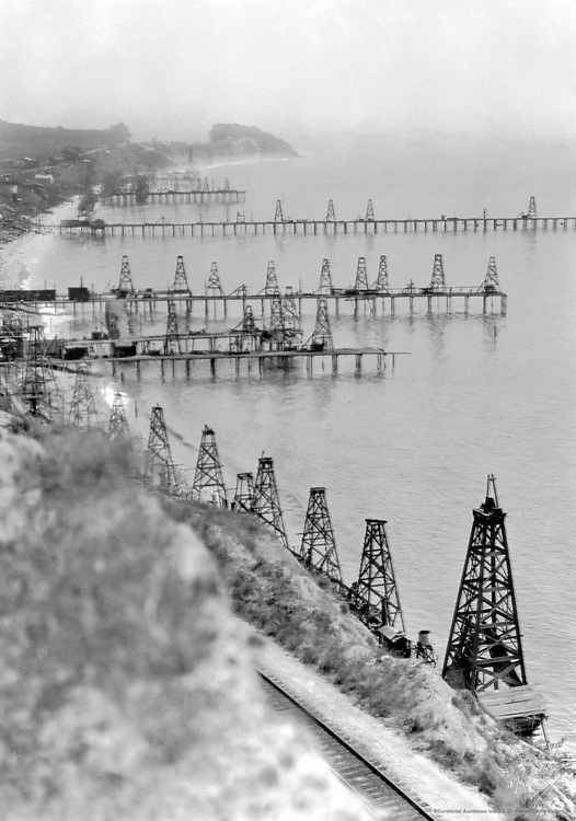 Oil Fields on the Califorinia Coast, 1926