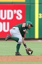 July 17, 2018 - Clearwater, FL, U.S. - TAMPA, FL - JULY 17: Randy Ventura (1) of the Tortugas goes far to his left to field a ground ball during the Florida State League game between the Daytona Tortugas and the Clearwater Threshers on July 17, 2018, at Spectrum Field in Clearwater, FL. (Photo by Cliff Welch/Icon Sportswire) (Credit Image: © Cliff Welch/Icon SMI via ZUMA Press)