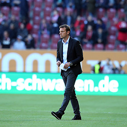 16.04.2016, WWK Arena, Augsburg, GER, 1. FBL, FC Augsburg vs VfB Stuttgart, 30. Runde, im Bild Trainer Markus Weinzierl (FC Augsburg) // during the German Bundesliga 30th round match between FC Augsburg and VfB Stuttgart at the WWK Arena in Augsburg, Germany on 2016/04/16. EXPA Pictures © 2016, PhotoCredit: EXPA/ Eibner-Pressefoto/ Langer<br /> <br /> *****ATTENTION - OUT of GER*****
