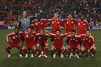 Fotball<br /> Foto: Piko Press/Digitalsport<br /> NORWAY ONLY<br /> <br /> CANADA (2) vs. MEXICO (2) in their World Cup 2010 qualifying soccer match at the Commonweatlh stadium in Canada, October 14, 2008<br /> Here Canada team before the match<br /> <br /> Lagbilde Canda