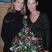 Danielle Overgaag TV babe 2000 zwanger + Froukje de Both
