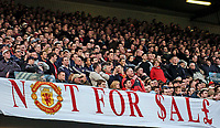 Photo. Jed Wee, Digitalsport<br /> Manchester United v Fulham, FA Cup, Old Trafford, Manchester. 06/03/2004.<br /> Man Utd fans make their feelings quite clear about a possible takeover.