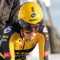 11-03-2021: Wielrennen: Healthy Ageing Tour: Lauwersoog <br />Anna Henderson