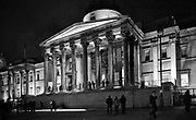 Londyn, 2009-10-23. Budynek Galerii Narodowej (National Gallery) na Trafalgar Square