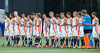 DEN BOSCH -  Het Nederlands team  voor de wedstrijd tussen de mannen van Jong Oranje  en Jong Engeland, tijdens het Europees Kampioenschap Hockey -21. ANP KOEN SUYK