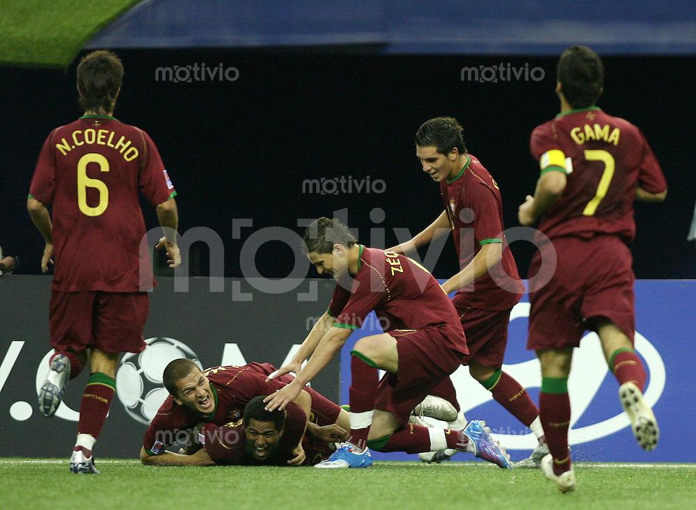 Fussball International U 20 WM  Portugal - Gambia JUBEL zum 1:0 Portugal; Nuno COELHO, Andre MARQUES, Torschuetze Feliciano CONDESSO, ZEQUINHA, GUEDES und Bruno GAMA (alle POR,v.li)