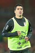 Uruguay forward Luis Suárez (9) warms up prior to the Friendly International match between Brazil and Uruguay at the Emirates Stadium, London, England on 16 November 2018.