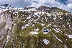 THEMENBILD - die Krefelder Hütte am Kitzsteinhorn, aufgenommen am 16. Juli 2019 in Kaprun, Österreich // the Krefeld hut at the Kitzsteinhorn, Kaprun, Austria on 2019/07/16. EXPA Pictures © 2019, PhotoCredit: EXPA/ JFK
