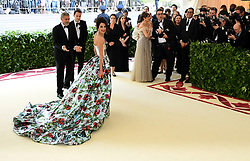 Amal and George Clooney attending the Metropolitan Museum of Art Costume Institute Benefit Gala 2018 in New York, USA. PRESS ASSOCIATION Photo. Picture date: Picture date: Monday May 7, 2018. See PA story SHOWBIZ MET Gala. Photo credit should read: Ian West/PA Wire