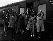 1961 - Children leave for the Gaeltacht from Pearse Station