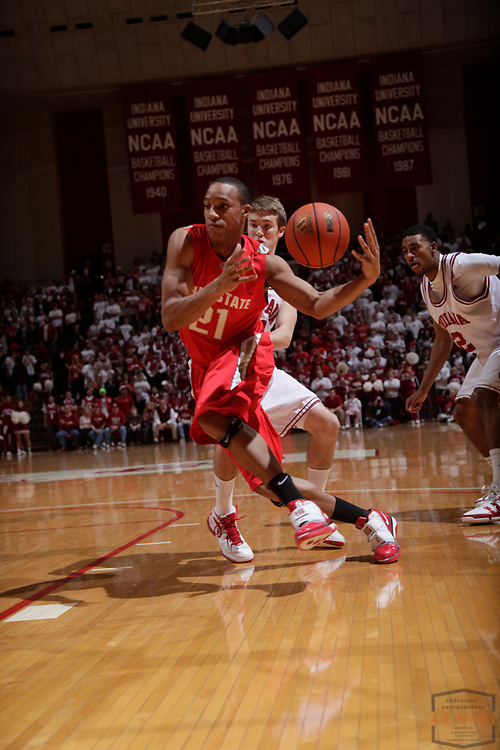 10 February 2010: Ohio State guard/forward Evan Turner (21) as the Indiana Hoosiers played the Ohio State Buckeyes in a college basketball game in Bloomington, Ind.