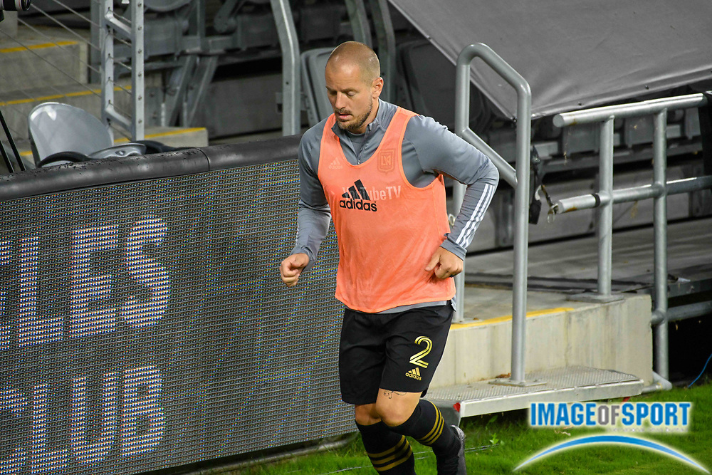 LAFC defender Jordan Harvey (2) warms up during a MLS soccer game, Sunday, Sept. 27, 2020, in Los Angeles. The San Jose Earthquakes defeated LAFC 2-1.(Dylan Stewart/Image of Sport)