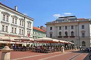 Eastern Europe, Hungary, Szeged, outdoor cafe at Klauzal square