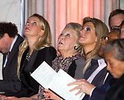 Uitreiking van de Prins Claus Prijs 2014 n het Koninklijk Paleis in Amsterdam.<br /> <br /> Presentation of the Prince Claus Award in 2014 n the Royal Palace in Amsterdam.<br /> <br /> op de foto / On the photo: <br />  koningin Maxima, prinses Beatrix, prinses Mabel,/// Queen Maxima, Princess Beatrix, Princess Mabel,