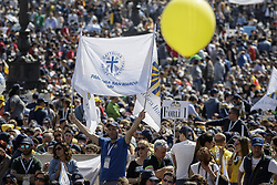 April 30, 2017 - Vatican City, Vatican - Members of the Italian lay Catholic group Azione Cattolica Italiana celebrated 150 years since their foundation during a special audierce in St. Peter's Square in Vatican City, Vatican. (Credit Image: © Giuseppe Ciccia/NurPhoto via ZUMA Press)