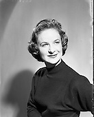 1958 Valerie Lewis, actress