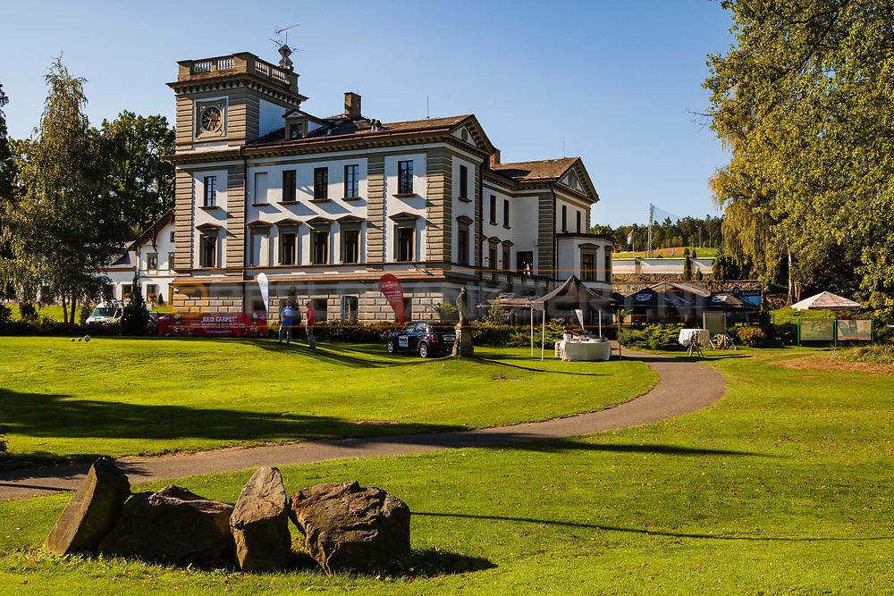 19-09-2015: Golf & Spa Resort Konopiste in Benesov, Tsjechië.<br /> Foto: Het oude hoofdgebouw