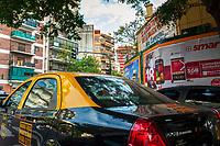 A taxi drives through the centre of Buenos Aires.